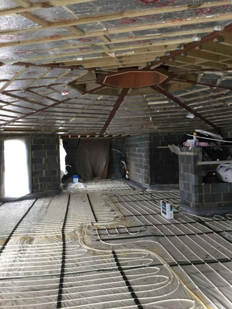 Octagonal House - Underfloor heating